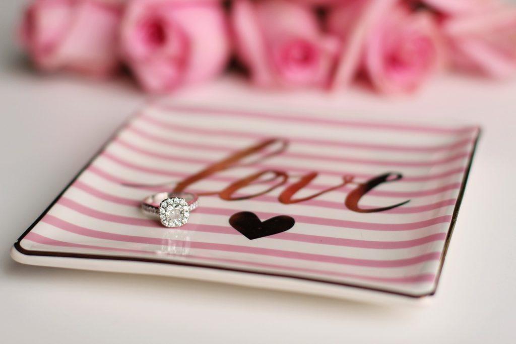Heiratsantrag Ring Hochzeit Hochzeitsplanung Hochzeitsplaner